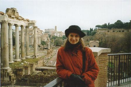 Sis, in front of ruins